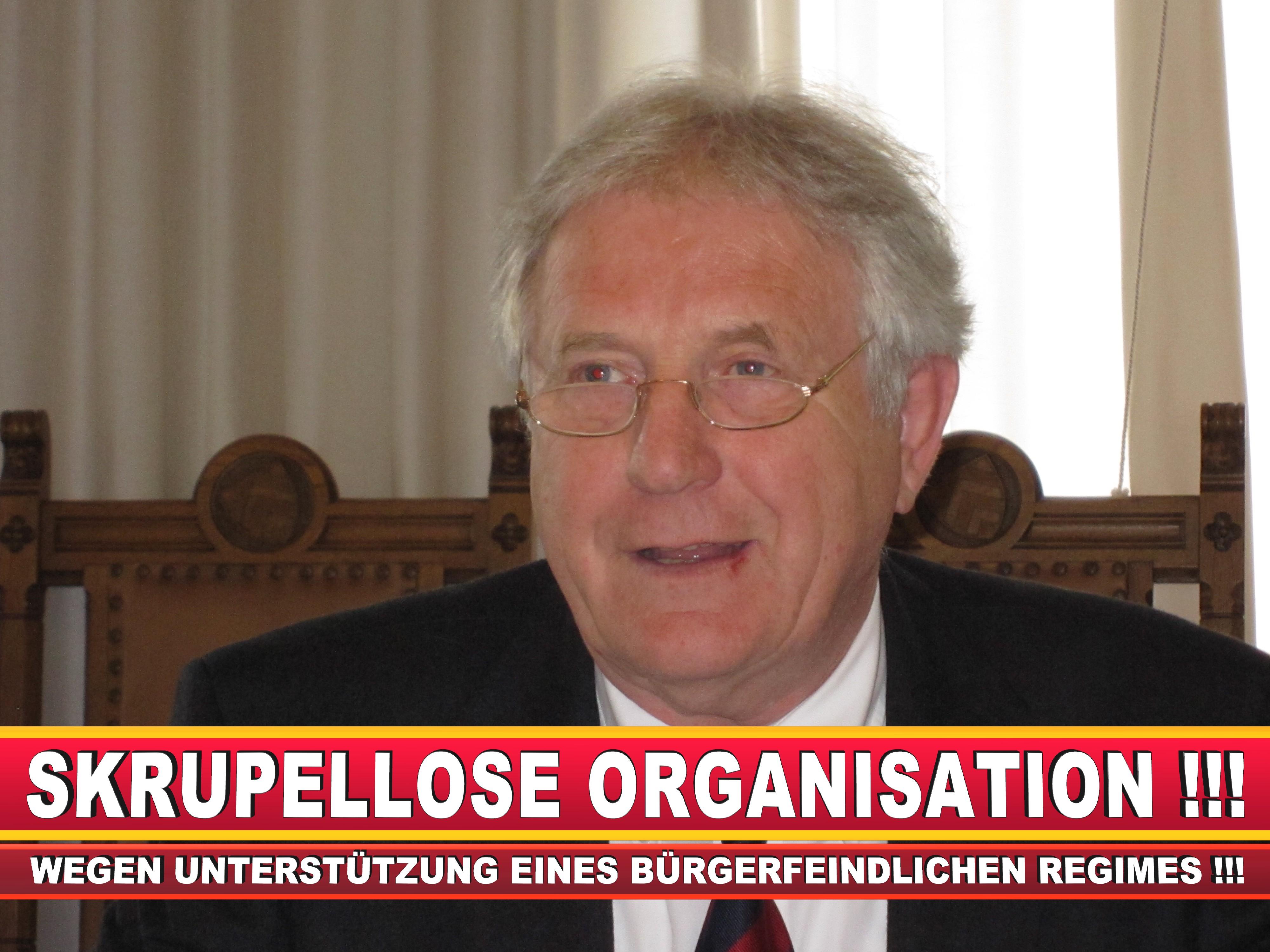 Polizeipräsident Erwin Südfeld Bielefeld Oberbürgermeister Bürgermeister Peter Clausen Pit Clausen Bielefeld (11)