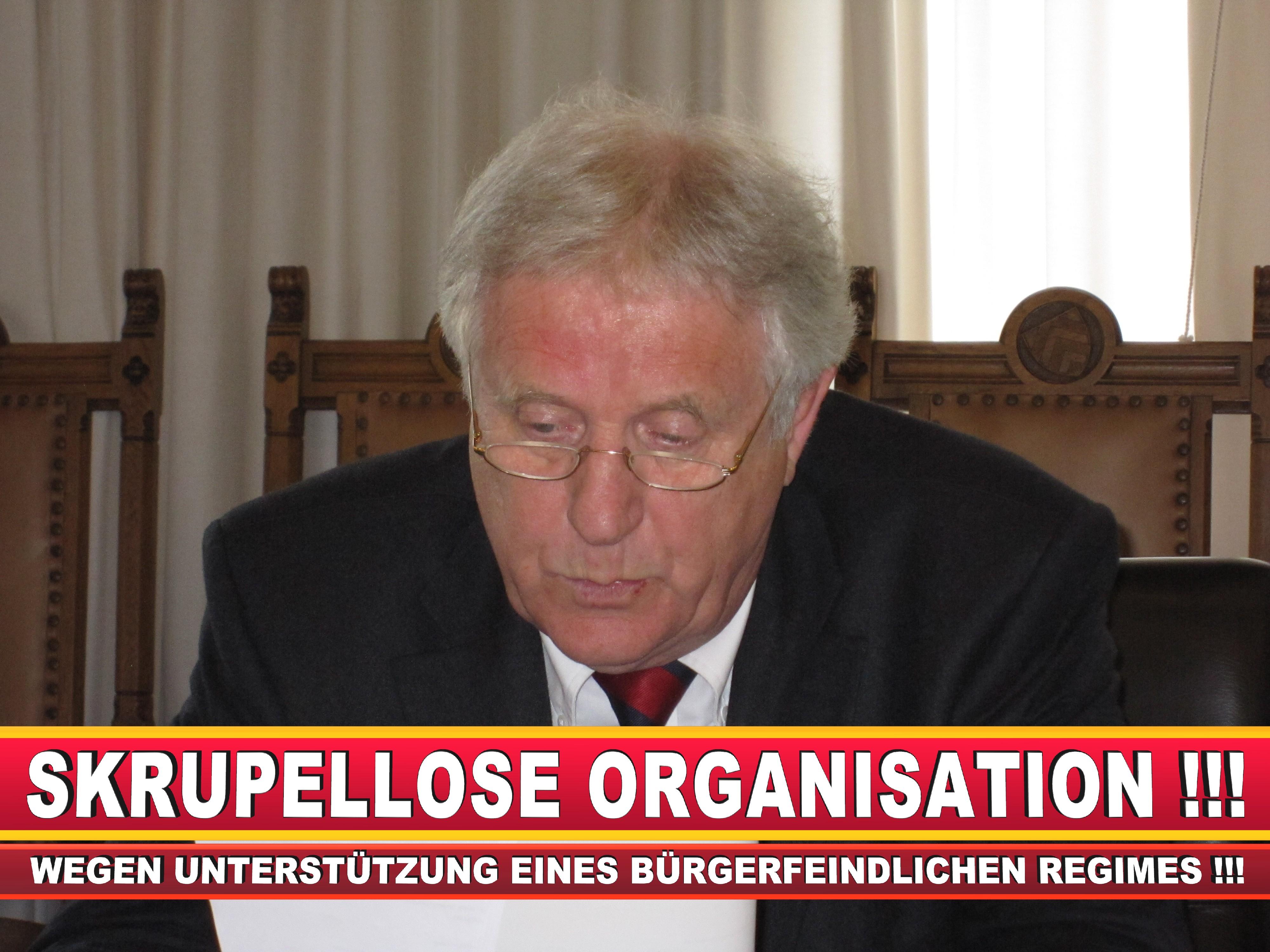Polizeipräsident Erwin Südfeld Bielefeld Oberbürgermeister Bürgermeister Peter Clausen Pit Clausen Bielefeld (17)