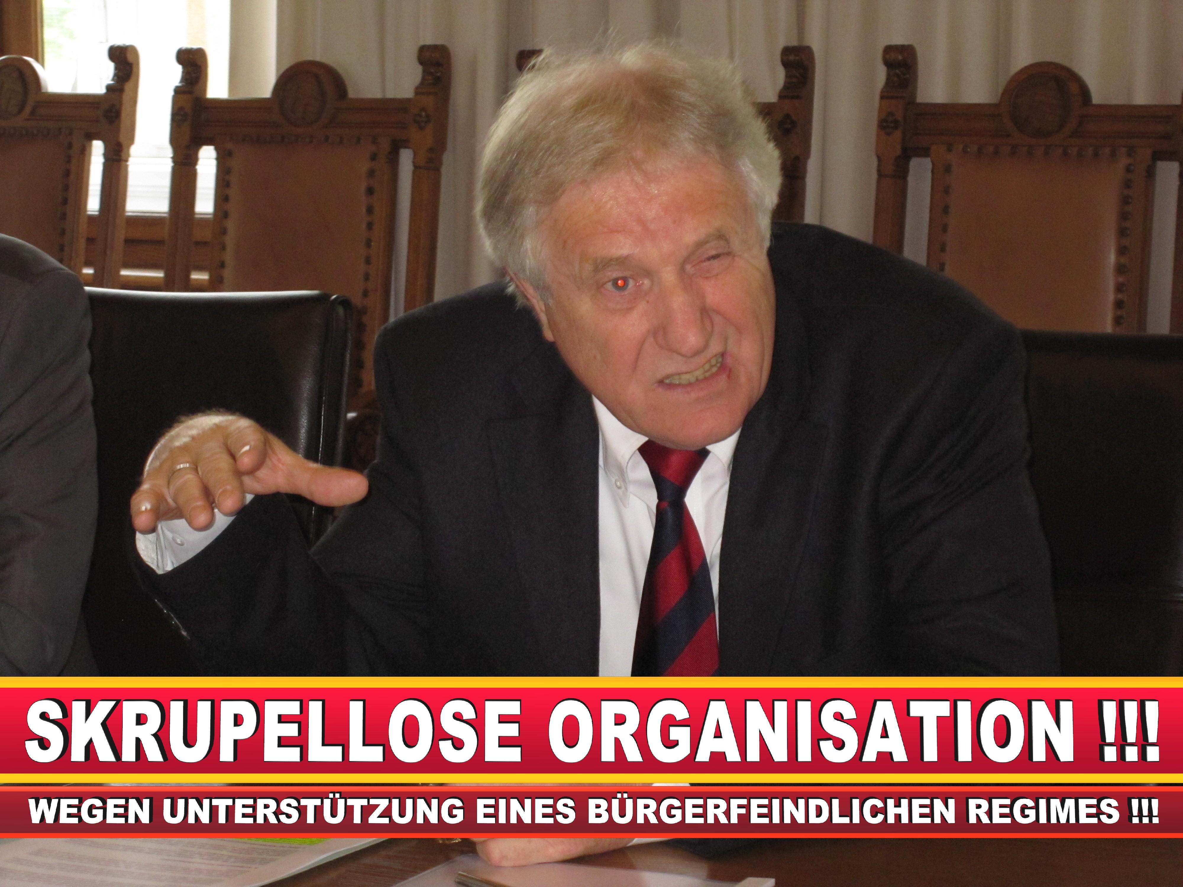 Polizeipräsident Erwin Südfeld Bielefeld Oberbürgermeister Bürgermeister Peter Clausen Pit Clausen Bielefeld (29)