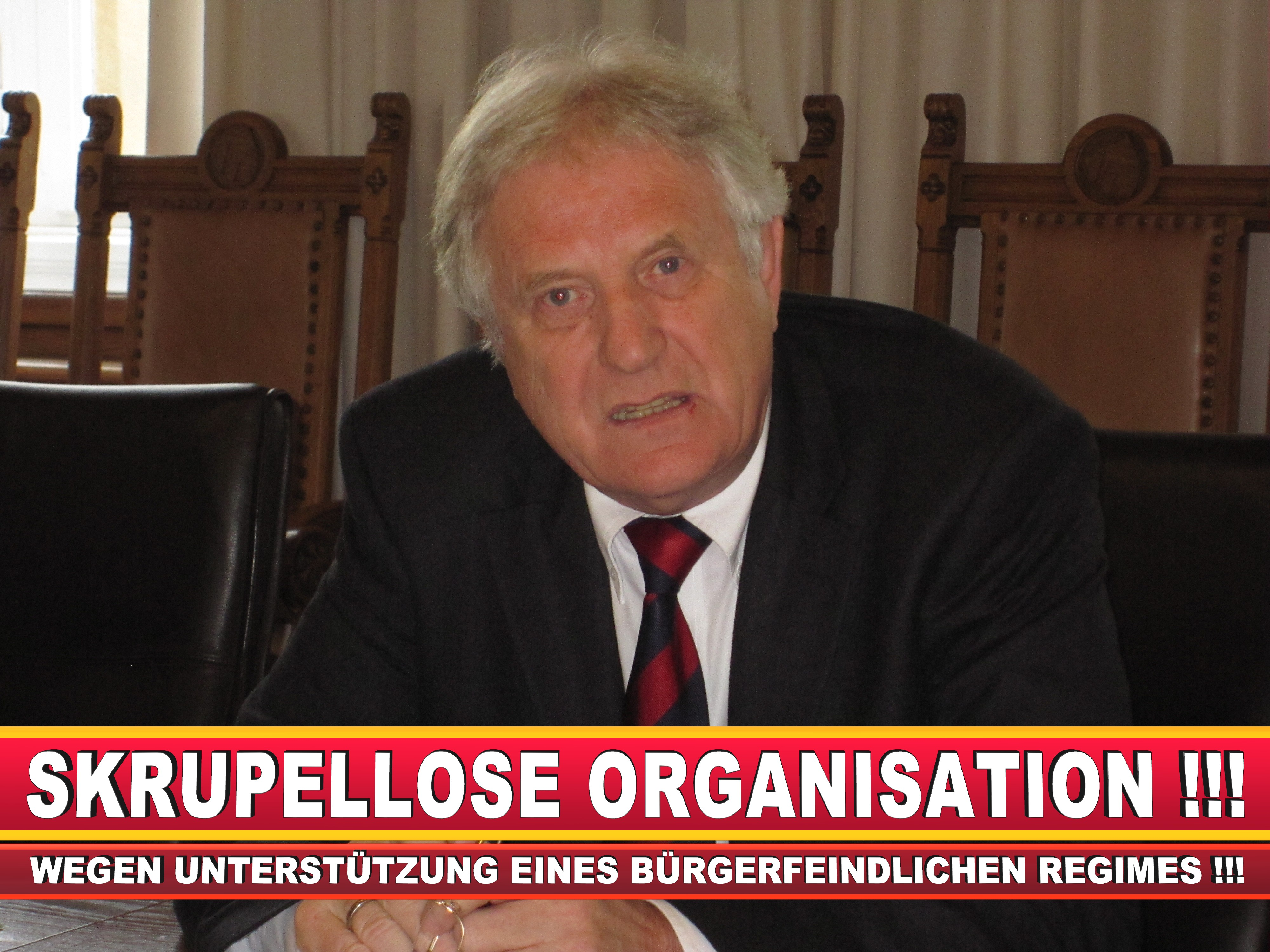 Polizeipräsident Erwin Südfeld Bielefeld Oberbürgermeister Bürgermeister Peter Clausen Pit Clausen Bielefeld (32)