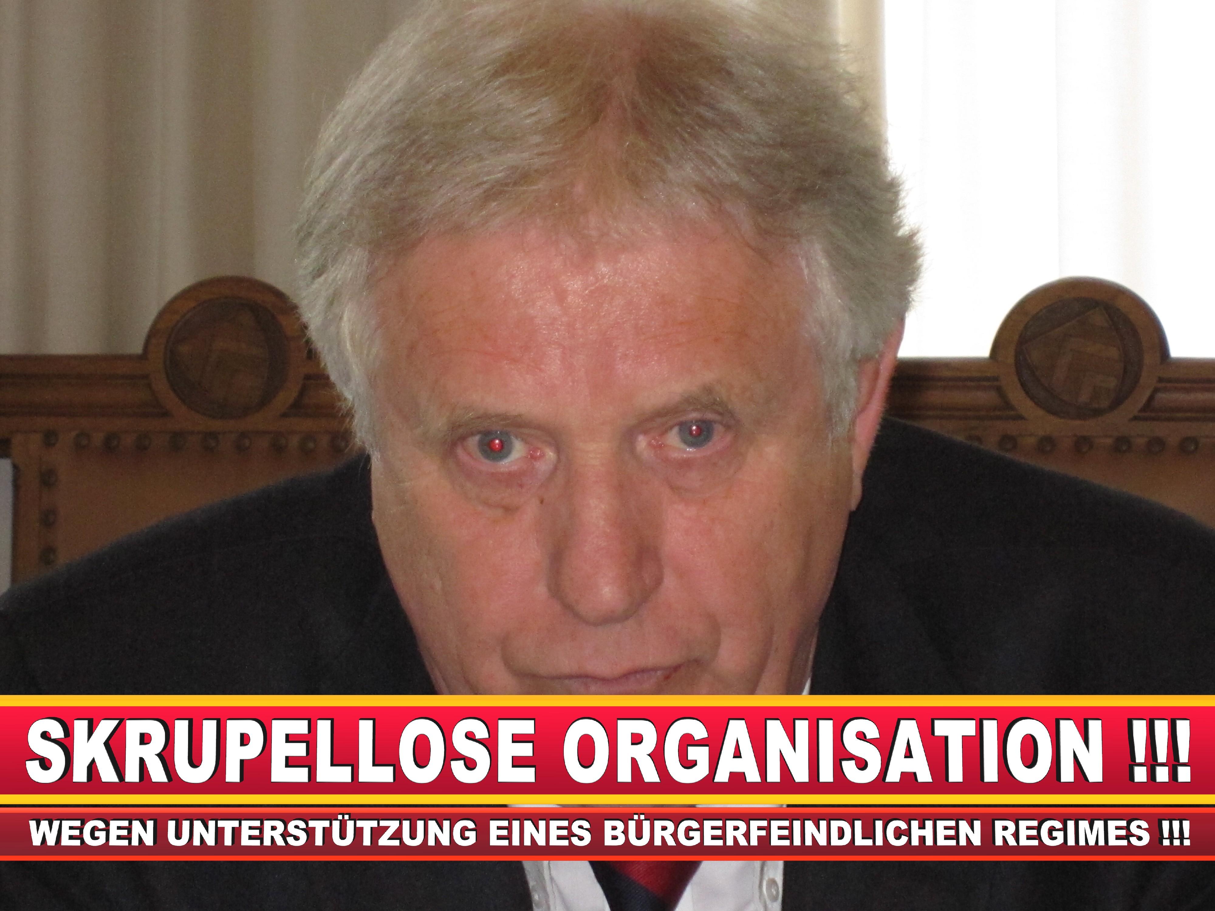 Polizeipräsident Erwin Südfeld Bielefeld Oberbürgermeister Bürgermeister Peter Clausen Pit Clausen Bielefeld (34)