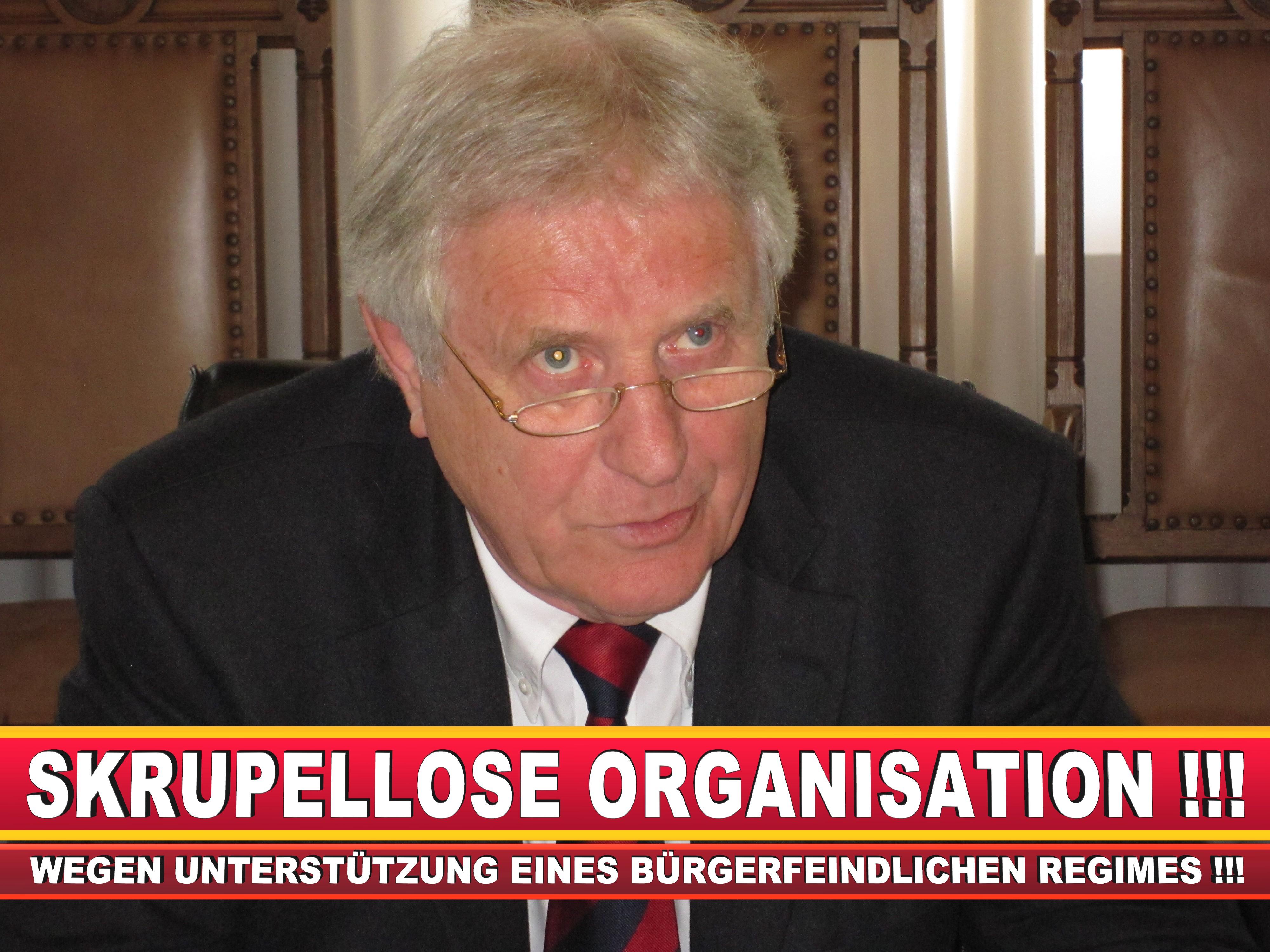 Polizeipräsident Erwin Südfeld Bielefeld Oberbürgermeister Bürgermeister Peter Clausen Pit Clausen Bielefeld (8)