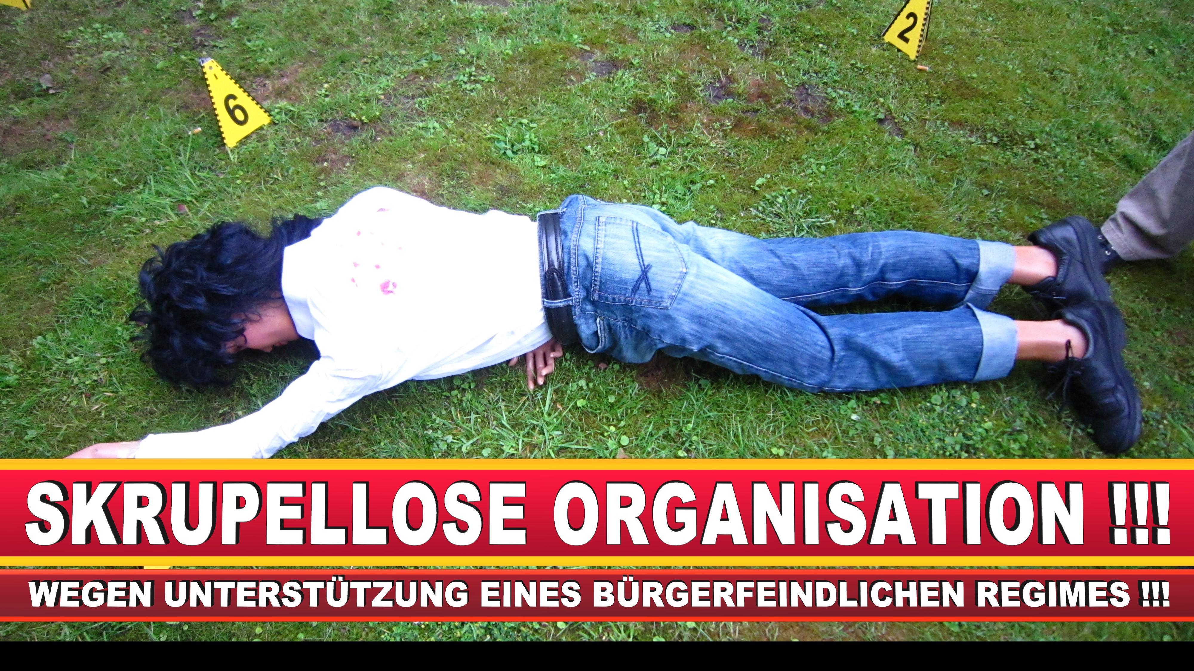 Polizeipräsidentin Katharina Giere Polizei Bielefeld NRW Erwin Südfeld Horst Kruse Polizeiuniform Polizeigewalt DEMONSTRATION Bahnhof (2)