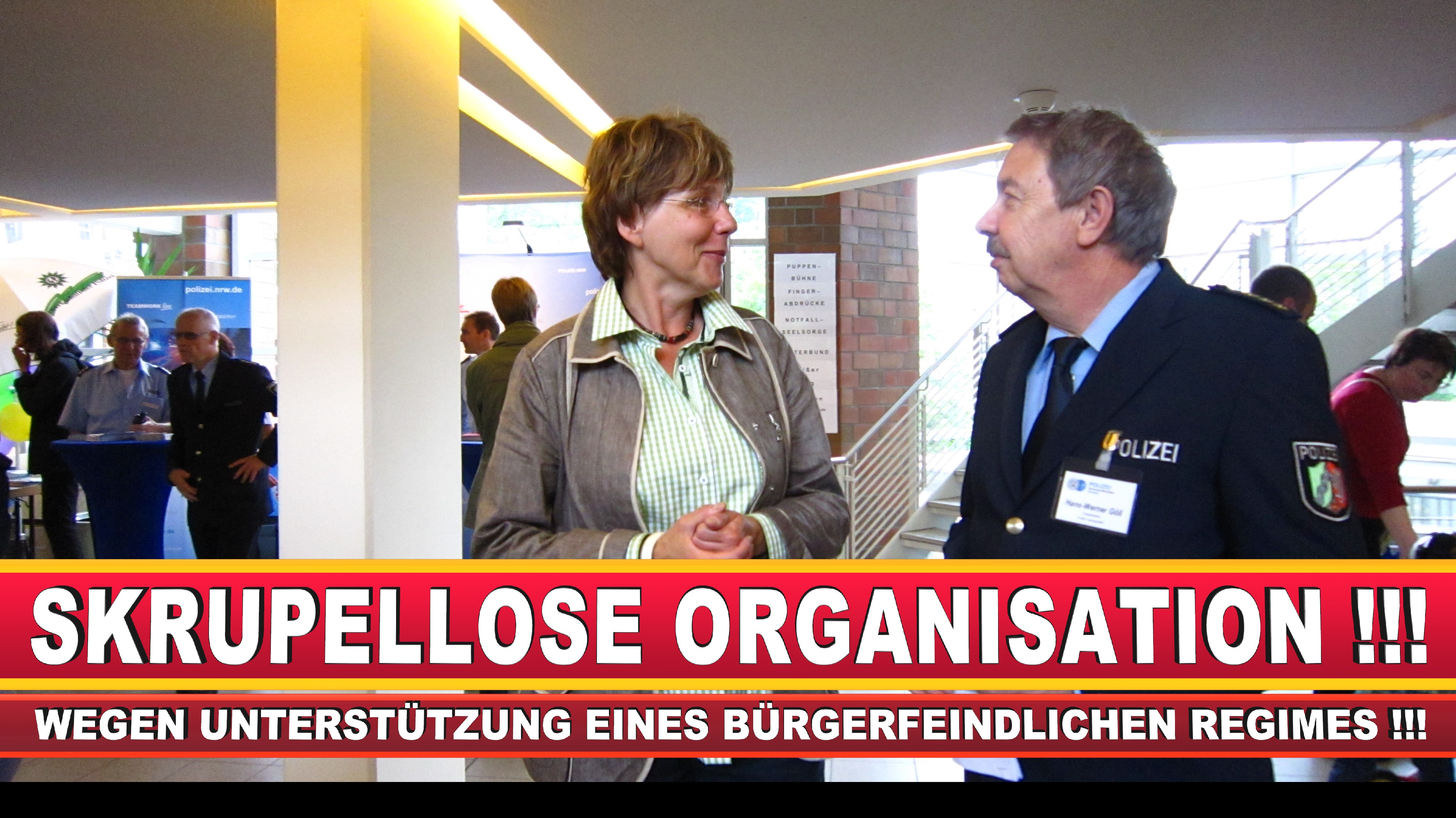 Polizeipräsidentin Katharina Giere Polizei Bielefeld NRW Erwin Südfeld Horst Kruse Polizeiuniform Polizeigewalt DEMONSTRATION Bahnhof (30)