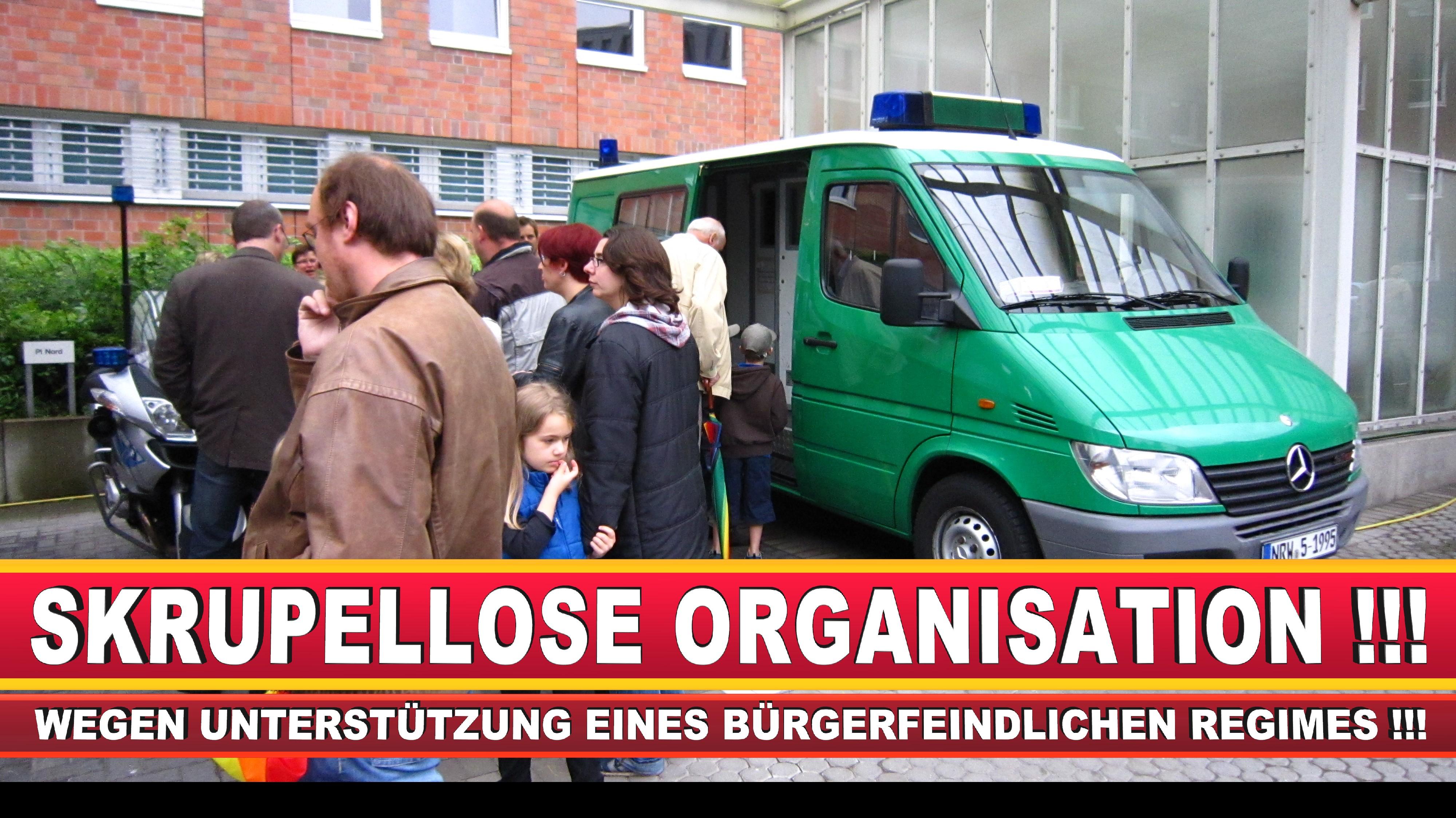 Polizeipräsidentin Katharina Giere Polizei Bielefeld NRW Erwin Südfeld Horst Kruse Polizeiuniform Polizeigewalt DEMONSTRATION Bahnhof (5)